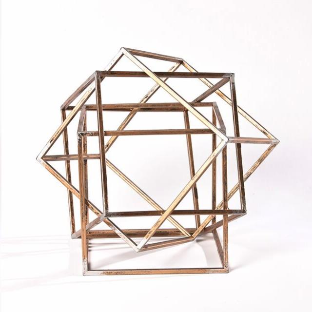 Where to find GOLD METAL INTERSECT CUBE in Nashville
